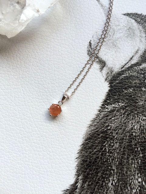 画像1: お守りプチネックレス【宝石質サンストーン・Silver925】
