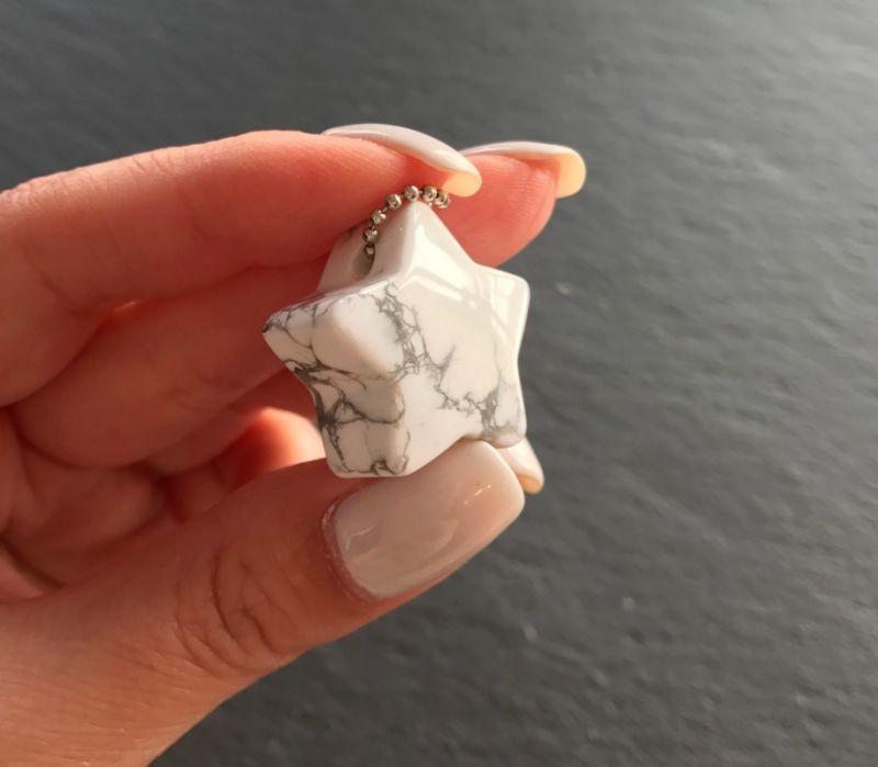 画像4: 天然石ミニサイズチャーム【ハウライト(星)】